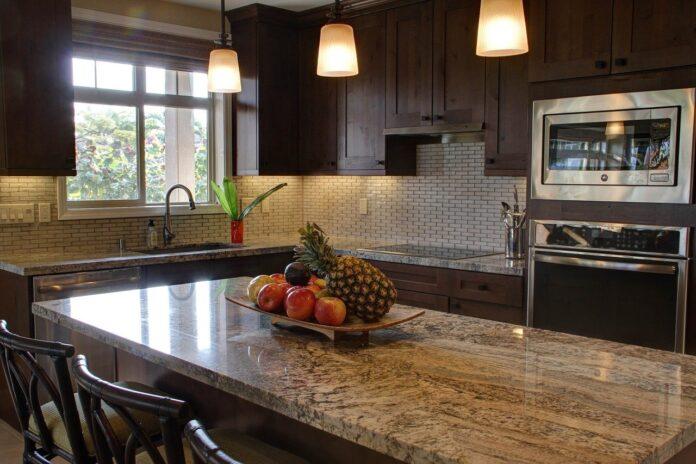 Co warto wiedzieć na temat zamawiania kuchni na wymiar?